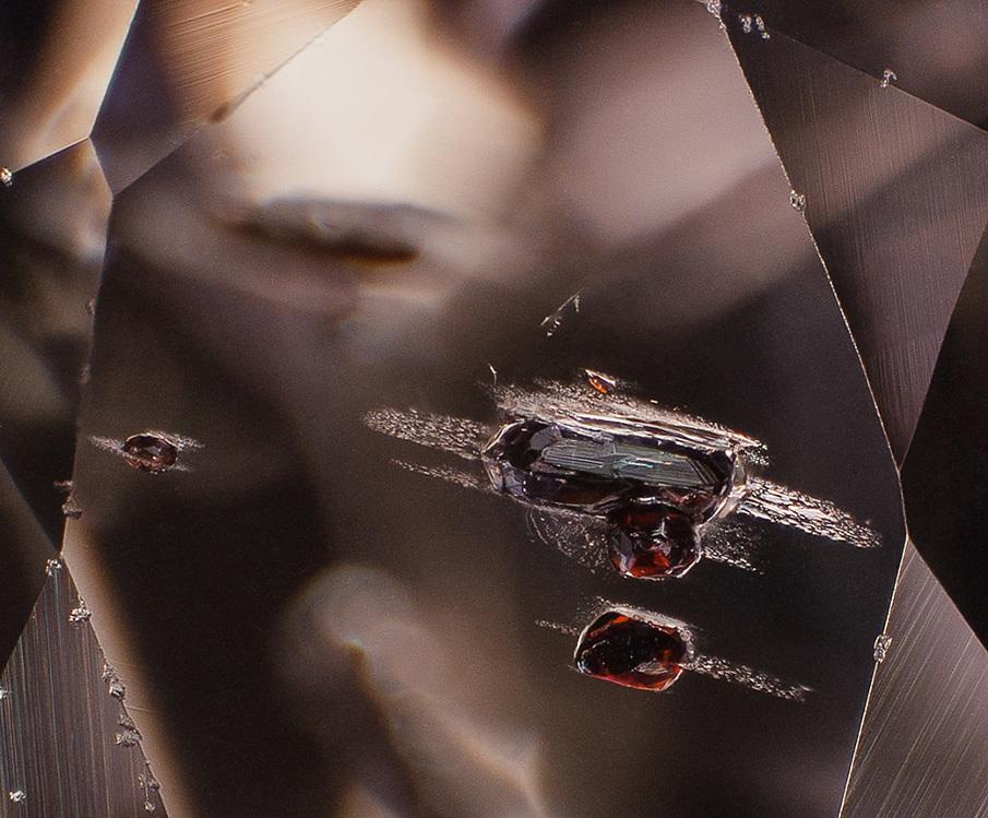 rutile-in-sapphire-1040w_905.jpg